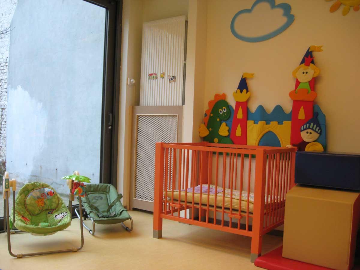 Leefruimte peuters Kinderdagverblijf Chipollino - Kinderopvang centraal in Antwerpen bij Rooseveltplaats. Groepsopvang, mini-creche, met herbruikbare luiers.